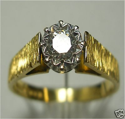 Second Hand 18ct Gold Single Sto